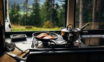 5 полезни практики за готвене в кемпер или каравана